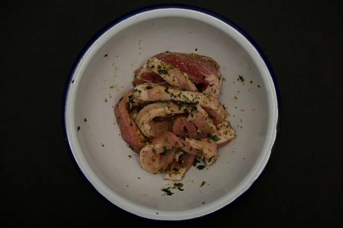 scharf gewürztes fleischgericht aus ungarn